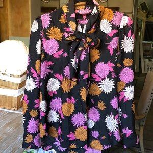 Ann Taylor classic floral button down blouse